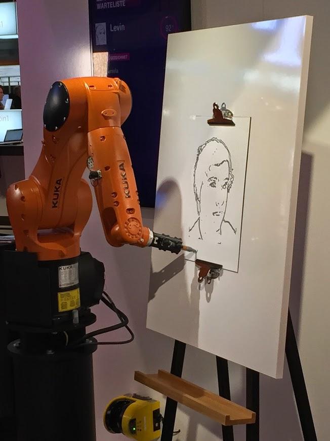 Ich werde von einem Roboter gezeichnet! D: